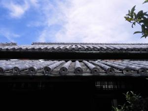 新築から100年以上経過した瓦