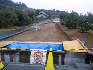 新誘導路への橋を掛ける工事