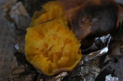 焼き芋ができました