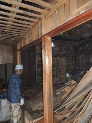 丘の上の家 解体工事