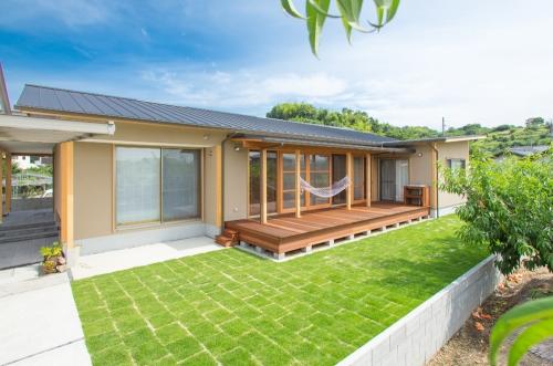 倉敷市玉島 もも畑に囲まれて暮らす平屋の家 完成写真