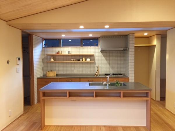 岡山県総社市 2階建て住宅建築 キッチン
