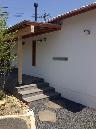 株式会社木まま社屋の外壁