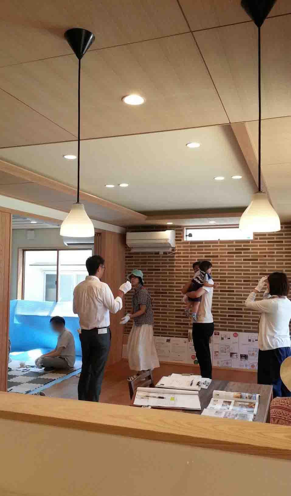 岡山市南区立川町 はぐくむ家の建物完成見学会の様子 その1
