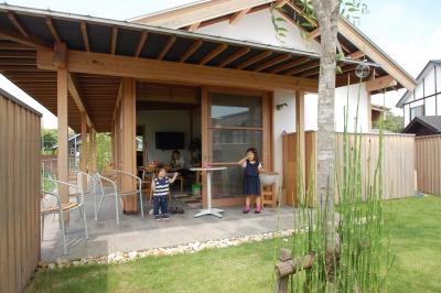 岡山県総社市事務所での住宅の昼の打ち合わせ風景