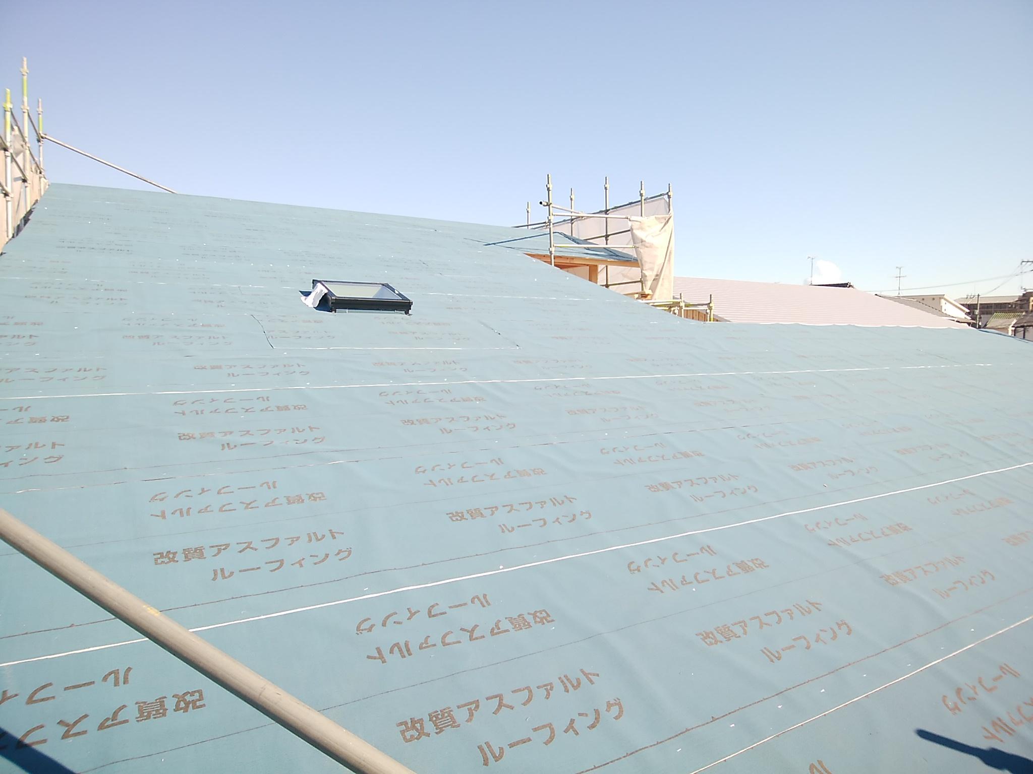 小麦の家 木まま 屋根