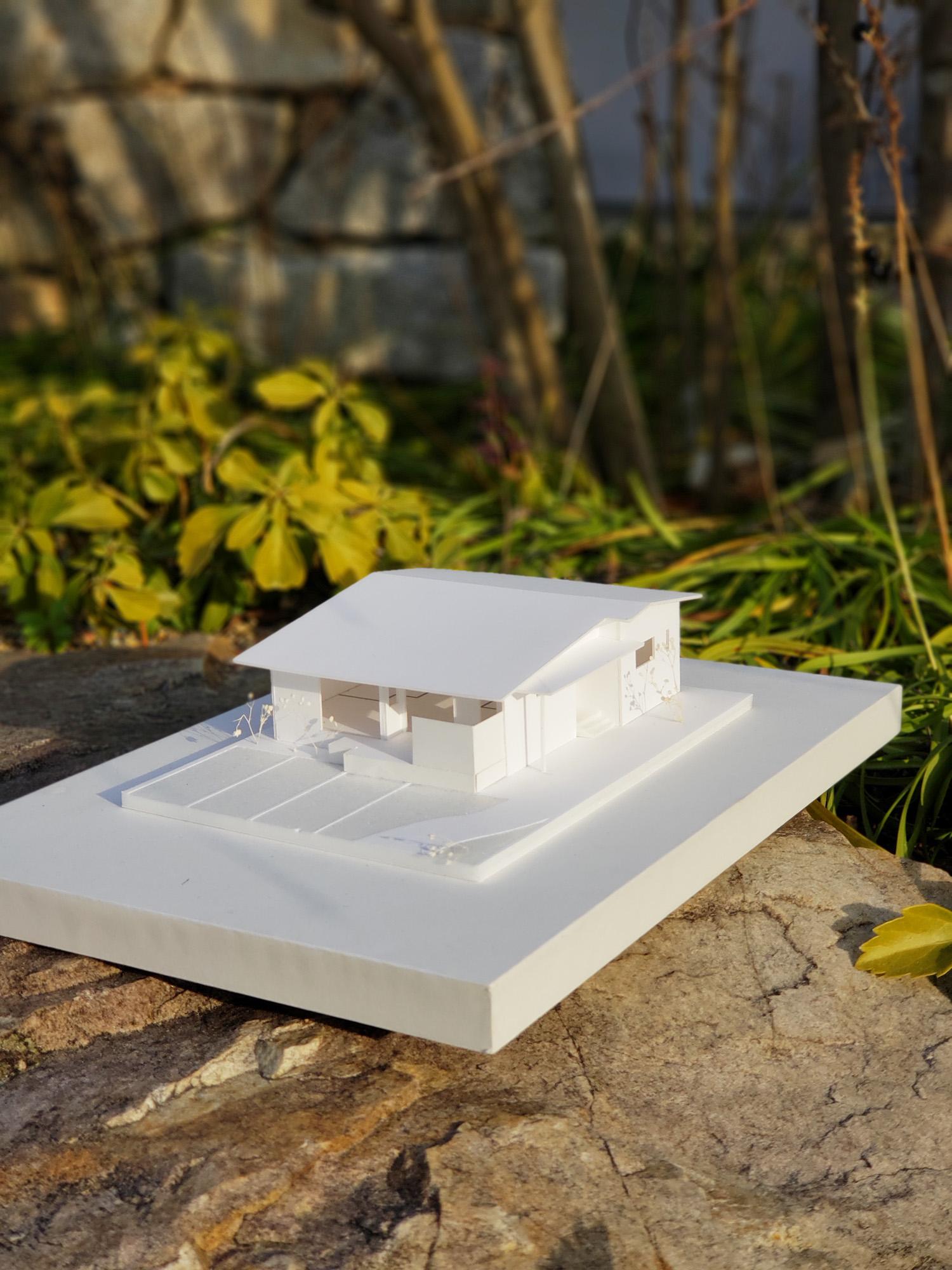 写真:沿線に建つ家in倉敷