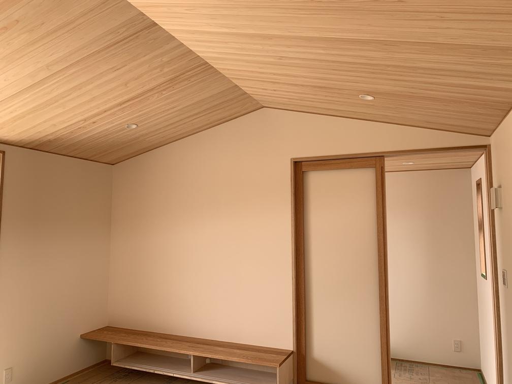 平屋 木まま 新築住宅 仕上げ工事