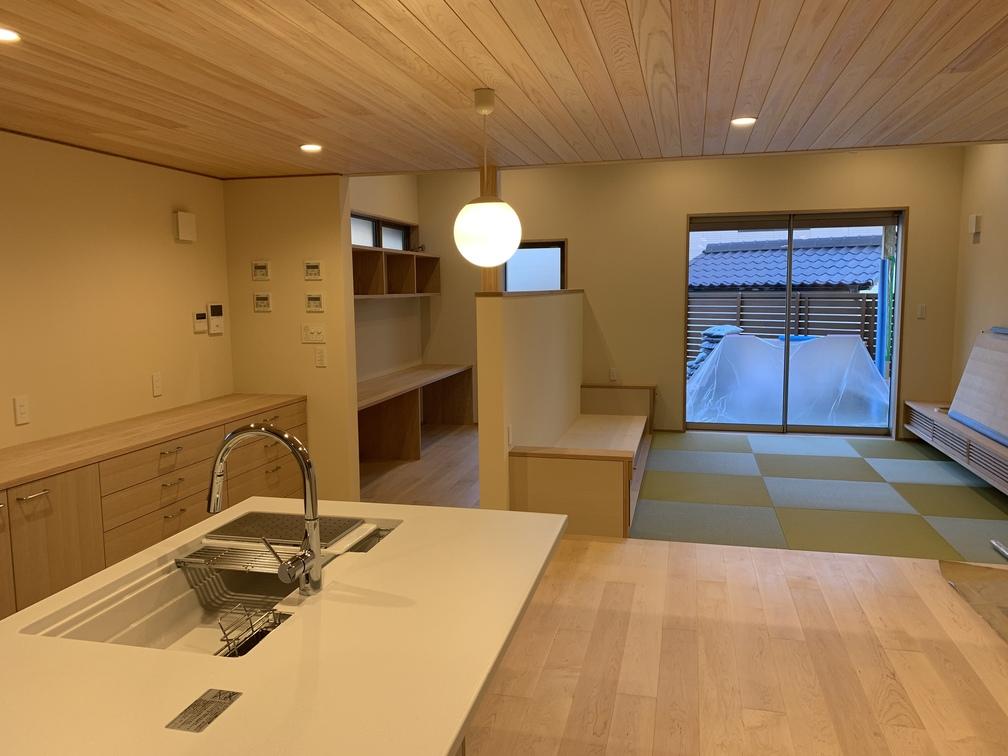 平屋 2階建て 木まま 新築住宅 仕上げ工事
